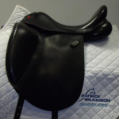 All saddle solutions dressage, 17.5, MW, black