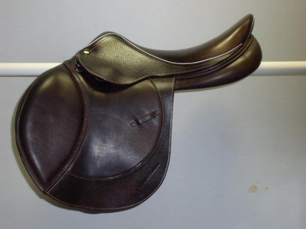 whitaker Pony Jump, 16.5, M, brown