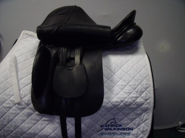 farrington K.N. Dressage, 17.5, , black