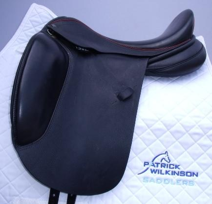 farrington Centreline Dressage, 17.5, M, black