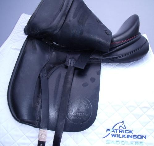 farrington Centreline Dressage, 17.5, , black