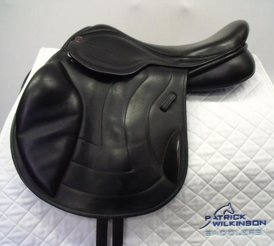 All Saddle Soloutions Jump, 17.5, W, black