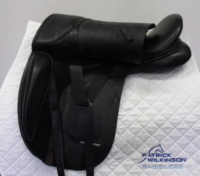 ideal dressage, 18.5, , black