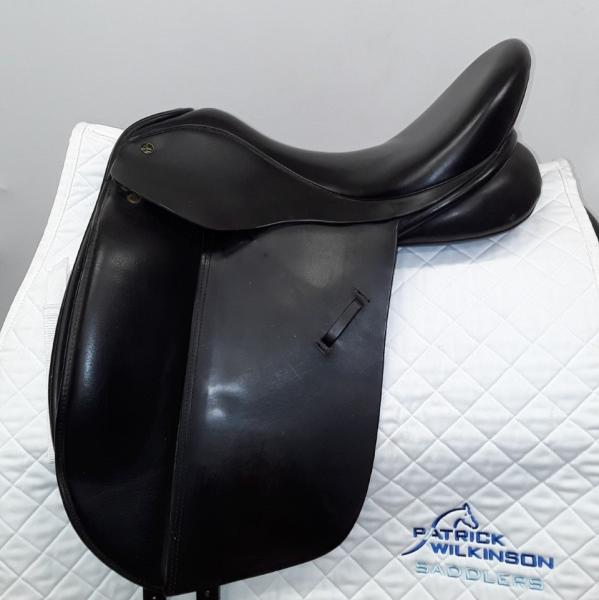 ideal Suzzanna Dressage, 17.5, W, black