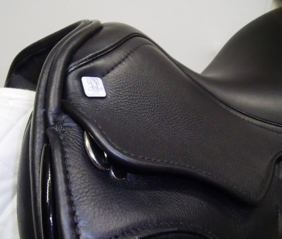 Sabre Saddles